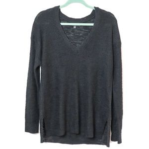 Banana Republic | Lightweight V Neck Sweater